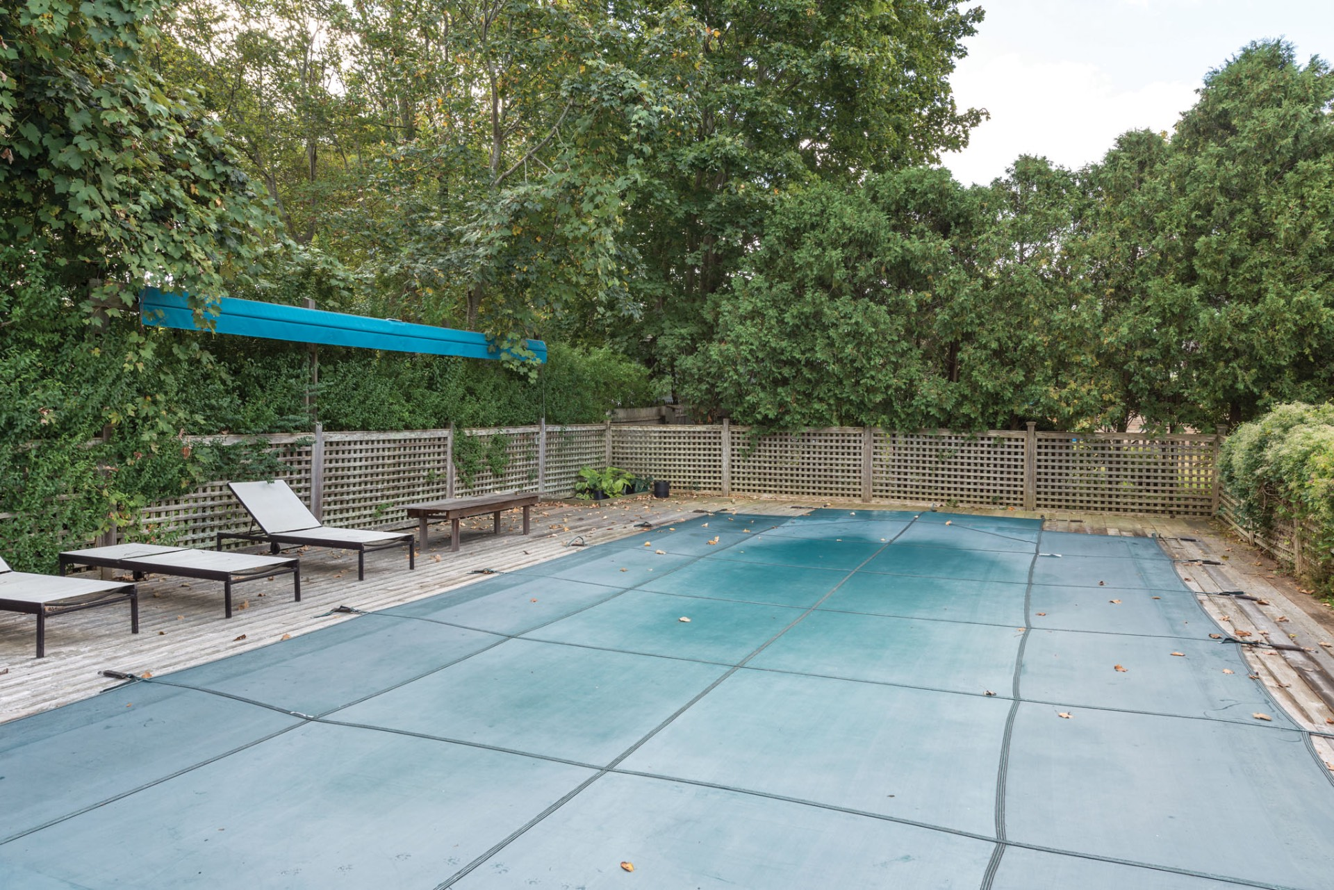 Additional photo for property listing at Classic Village Traditional With Pool  Sag Harbor, Nueva York
