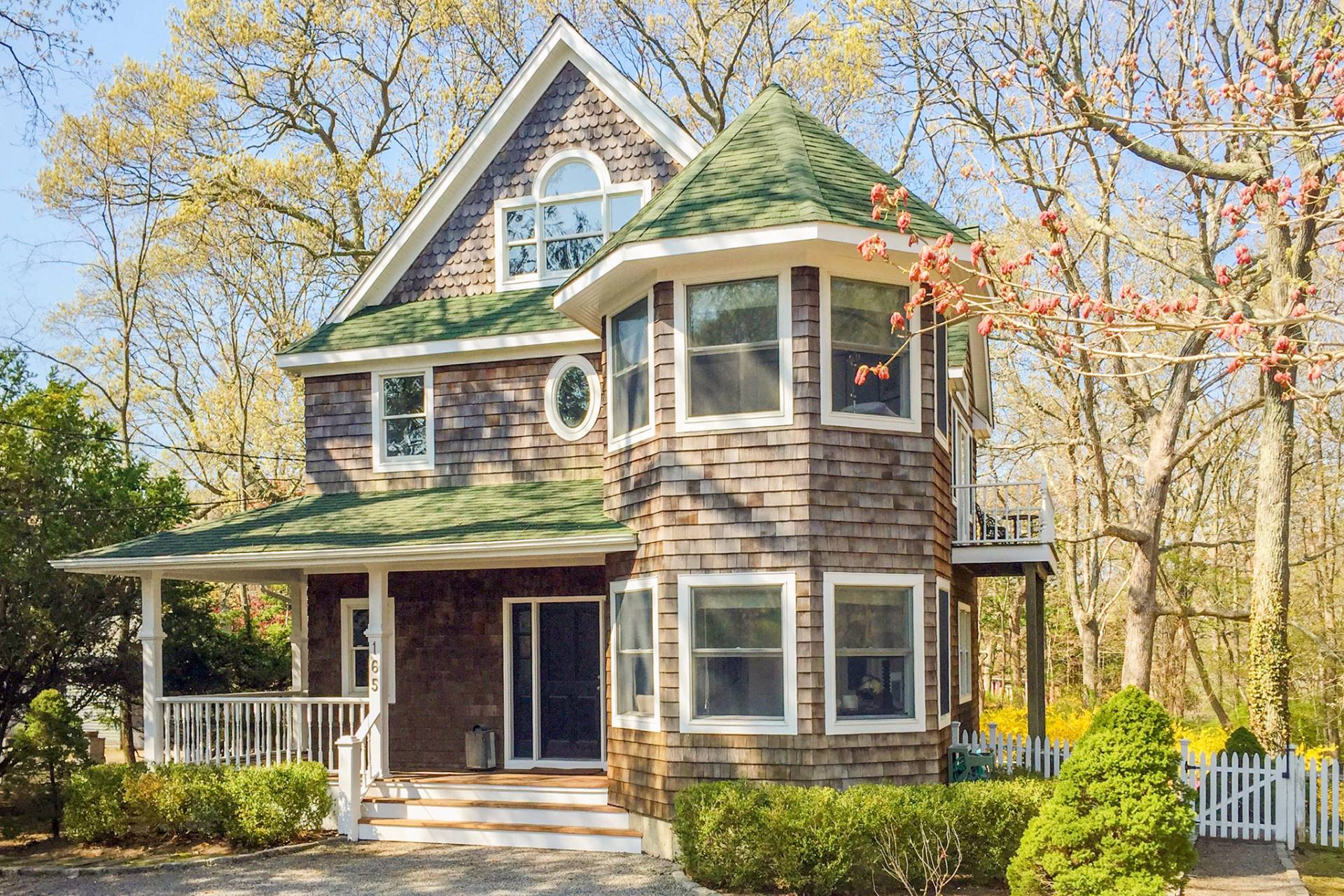 Single Family Home for Sale at Beautiful Shelter Island 165 North Ferry Road, Shelter Island, New York