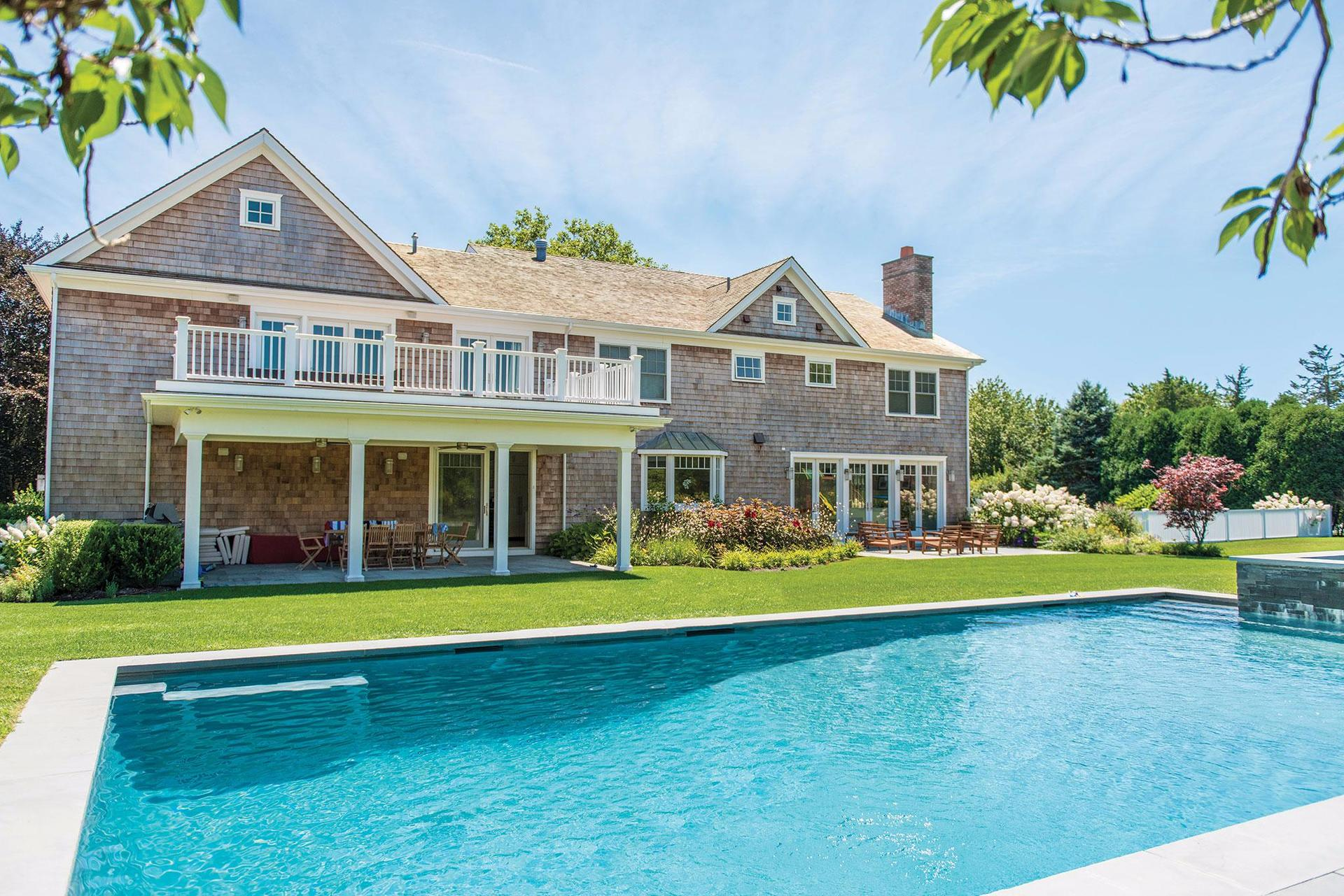Additional photo for property listing at Bridgehampton South Custom Home 94 Kellis Pond Lane,  Water Mill, New York