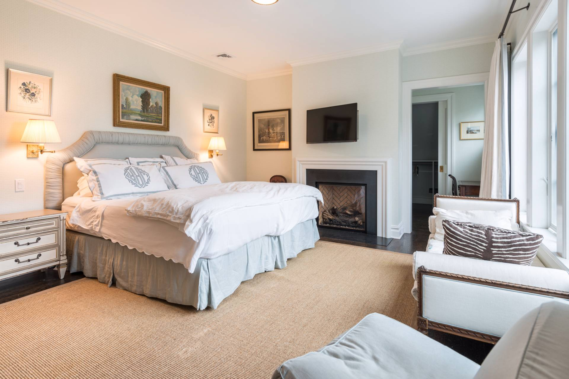 Additional photo for property listing at Southampton Village Masterpiece  Southampton, Nueva York