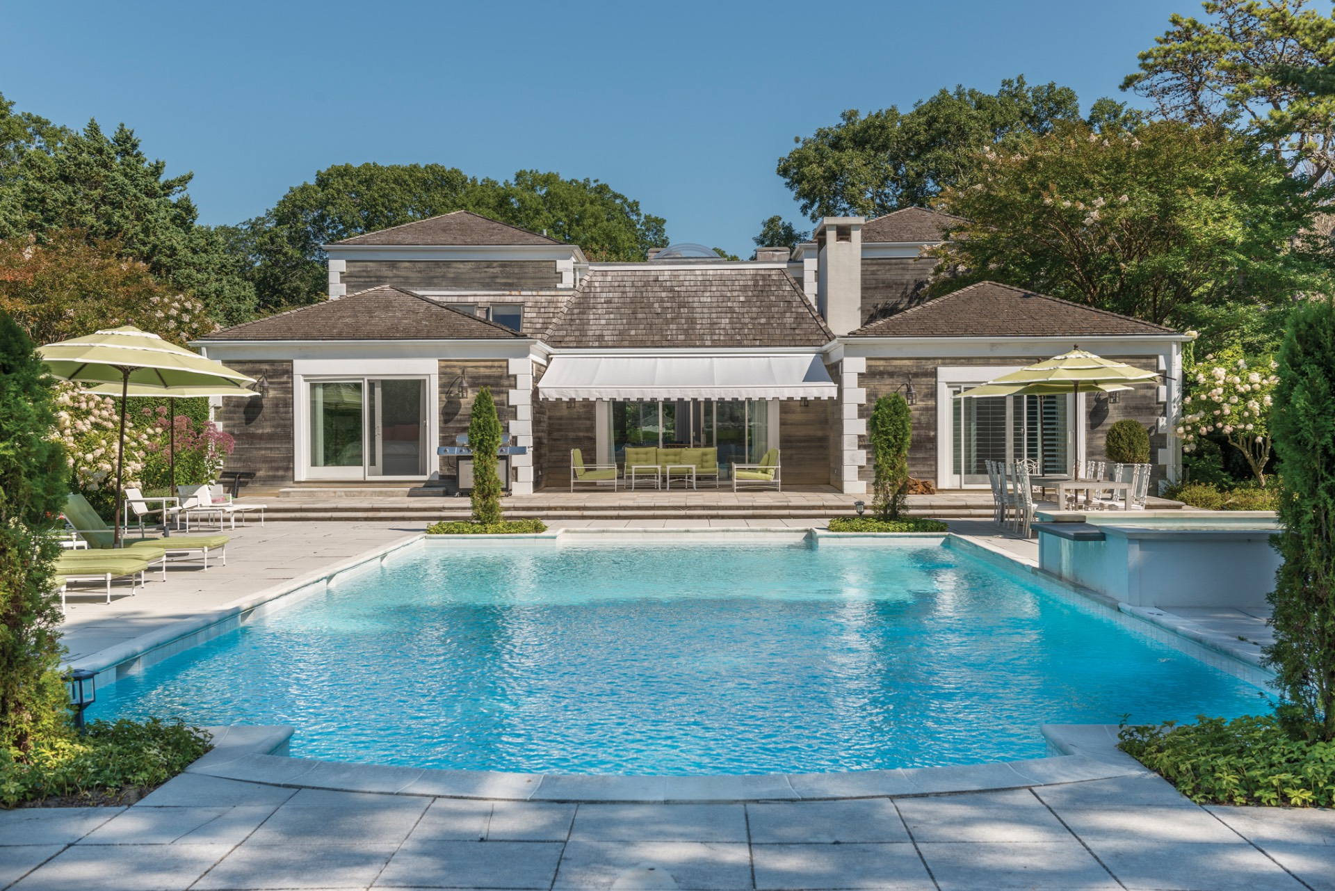 Additional photo for property listing at Newly Renovated In Georgica Estate Section  East Hampton, Nueva York