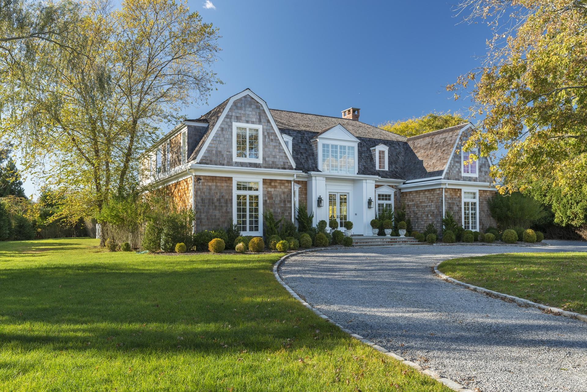 Additional photo for property listing at Exceptional In Southampton Village  Southampton, Nueva York