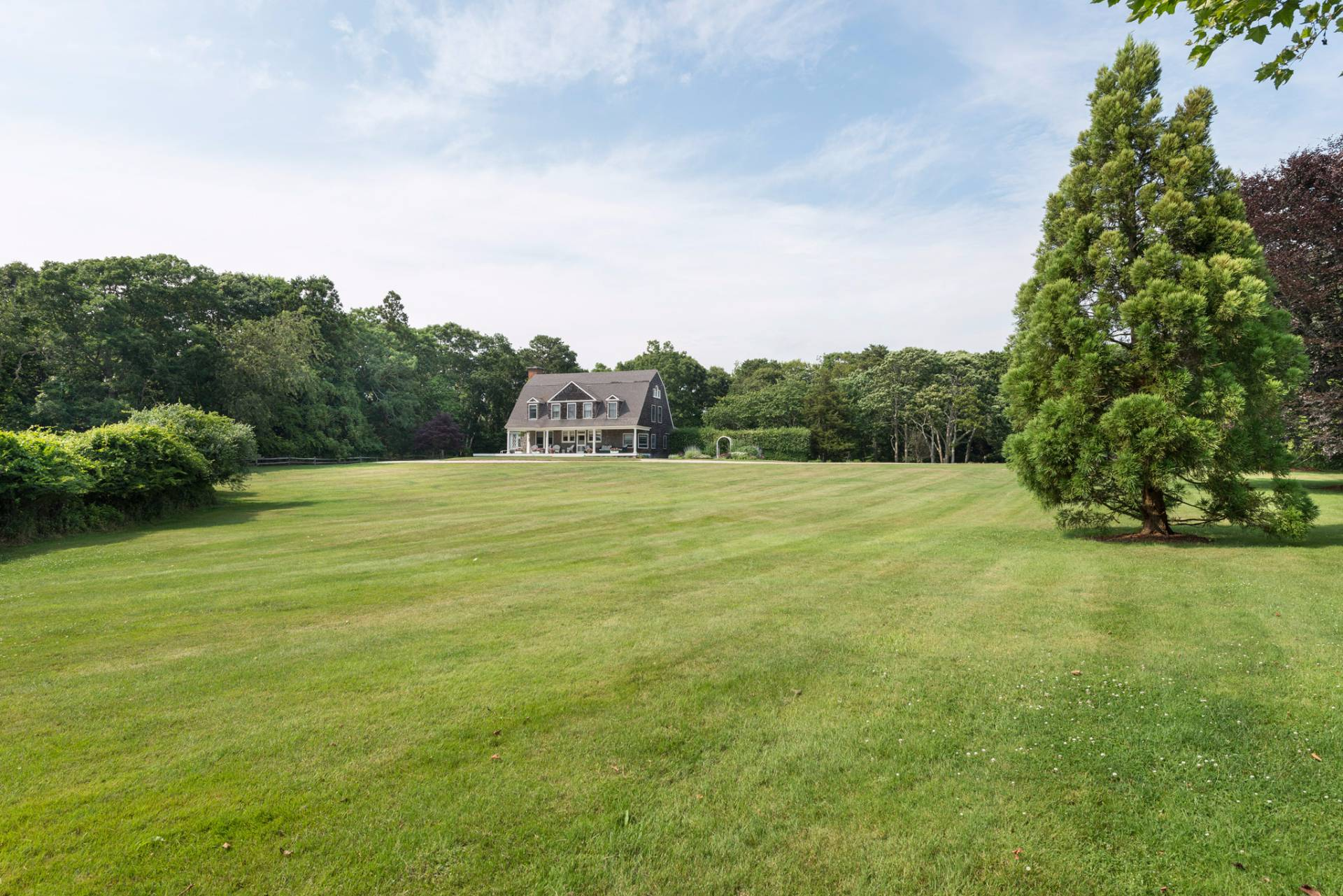 Additional photo for property listing at East Hampton South-Pond Front  East Hampton, Nueva York