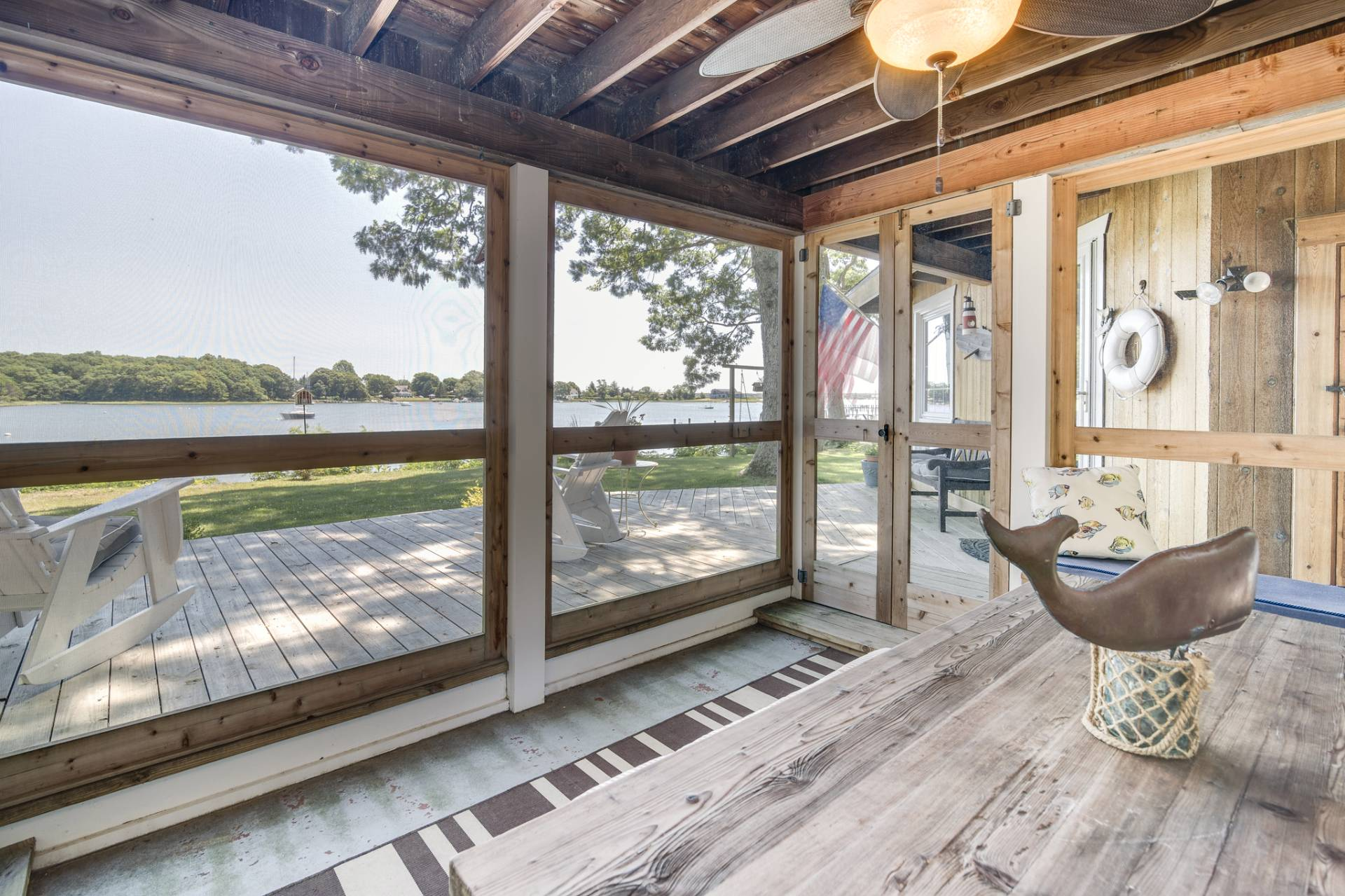 Additional photo for property listing at Harborfront With Dock And Pool On Shelter Island  Shelter Island, New York