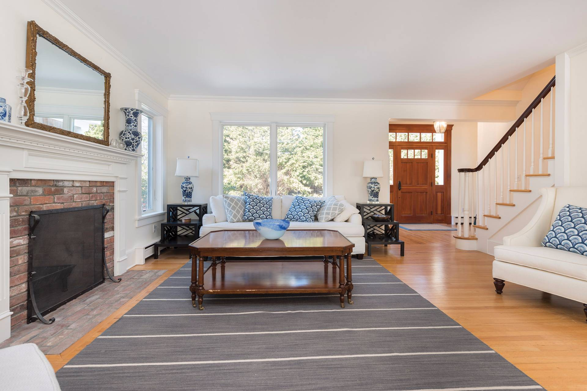 Additional photo for property listing at A Bridgehampton Traditional With Pool And Tennis 2221 Scuttlehole Road,  Bridgehampton, New York
