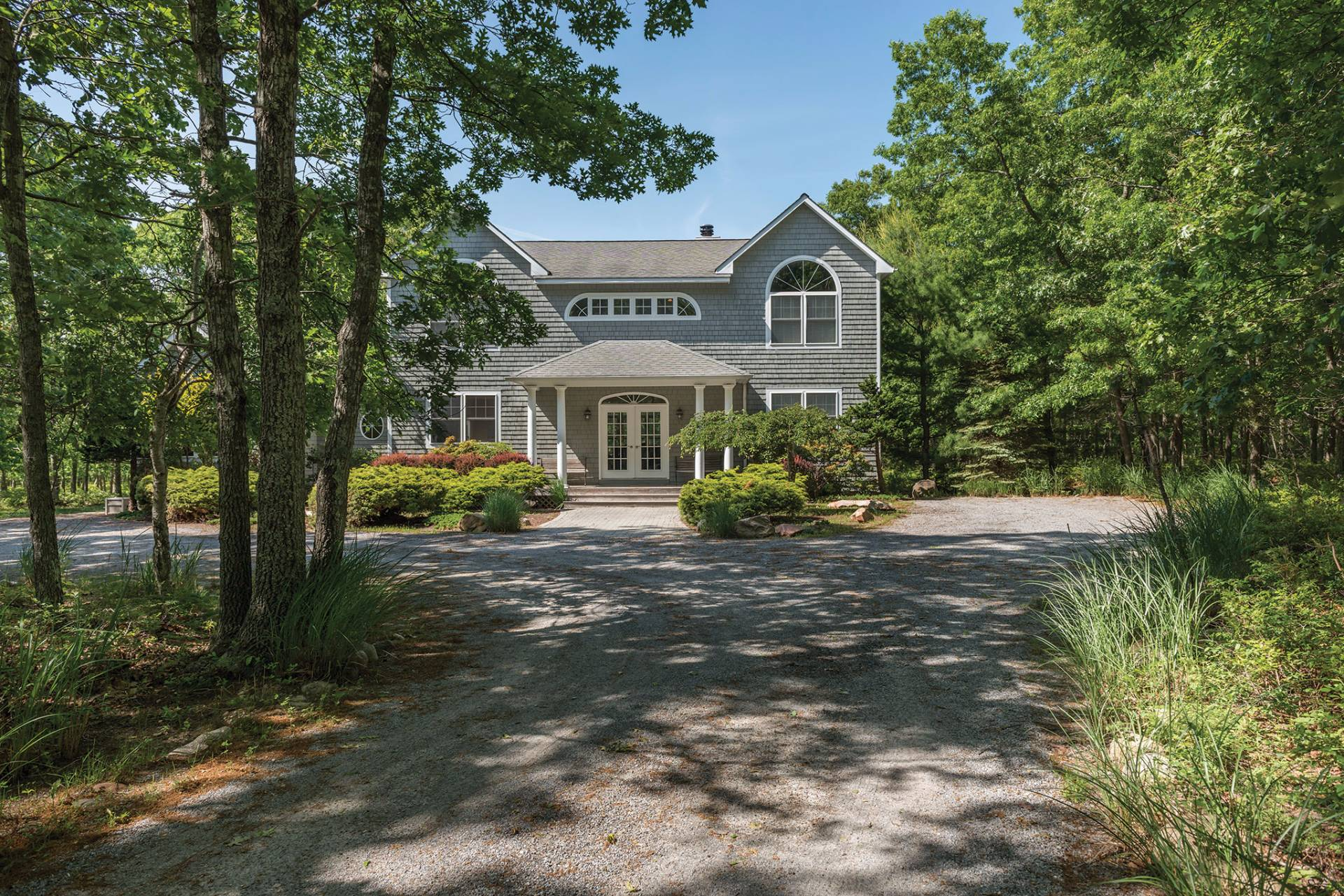 Single Family Home for Sale at 5+ Acres With Pool, Tennis, Privacy And So Much More! 528 Wainscott Northwest Road, Wainscott, New York