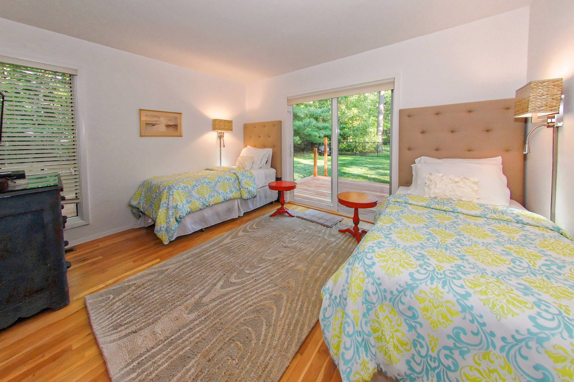 Additional photo for property listing at Clean East Hampton Contemporary With Pool And Tennis  东汉普顿, 纽约州