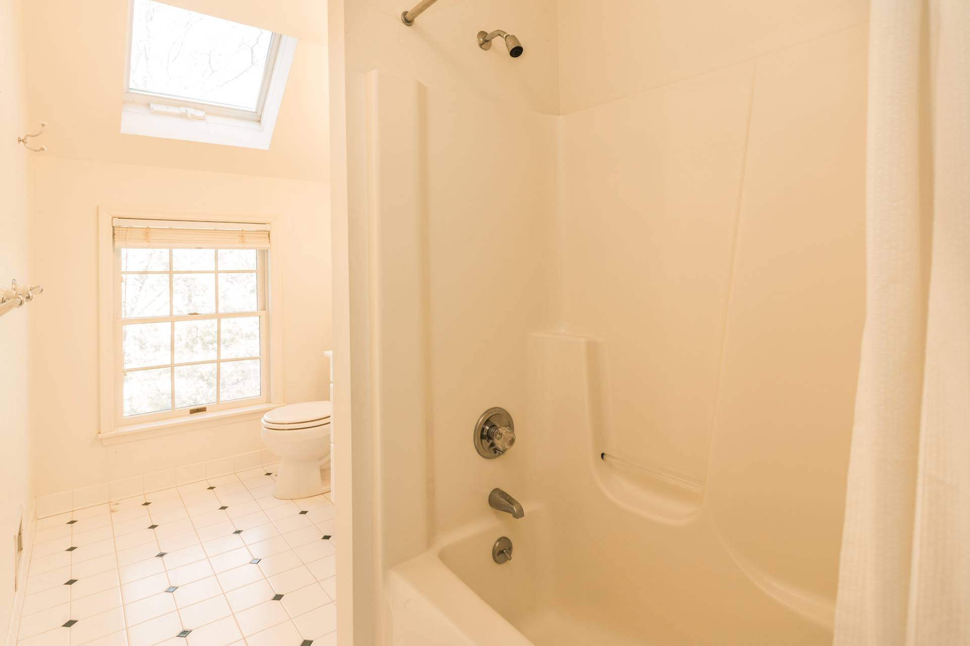 Additional photo for property listing at Privacy In Sag Harbor 288 Ruggs Path,  萨格港, 纽约州