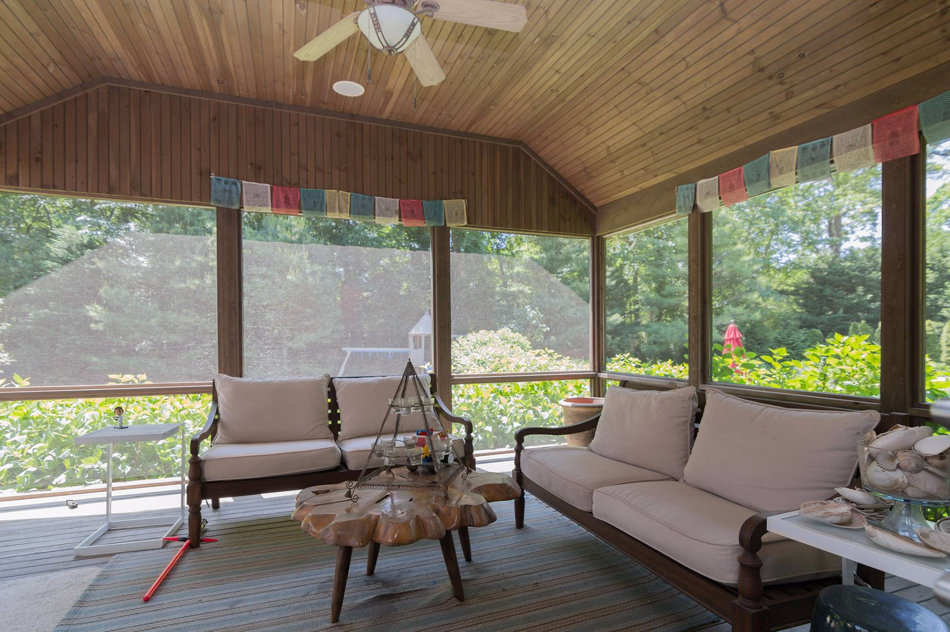 Additional photo for property listing at East Hampton Close To Town  East Hampton, Nueva York