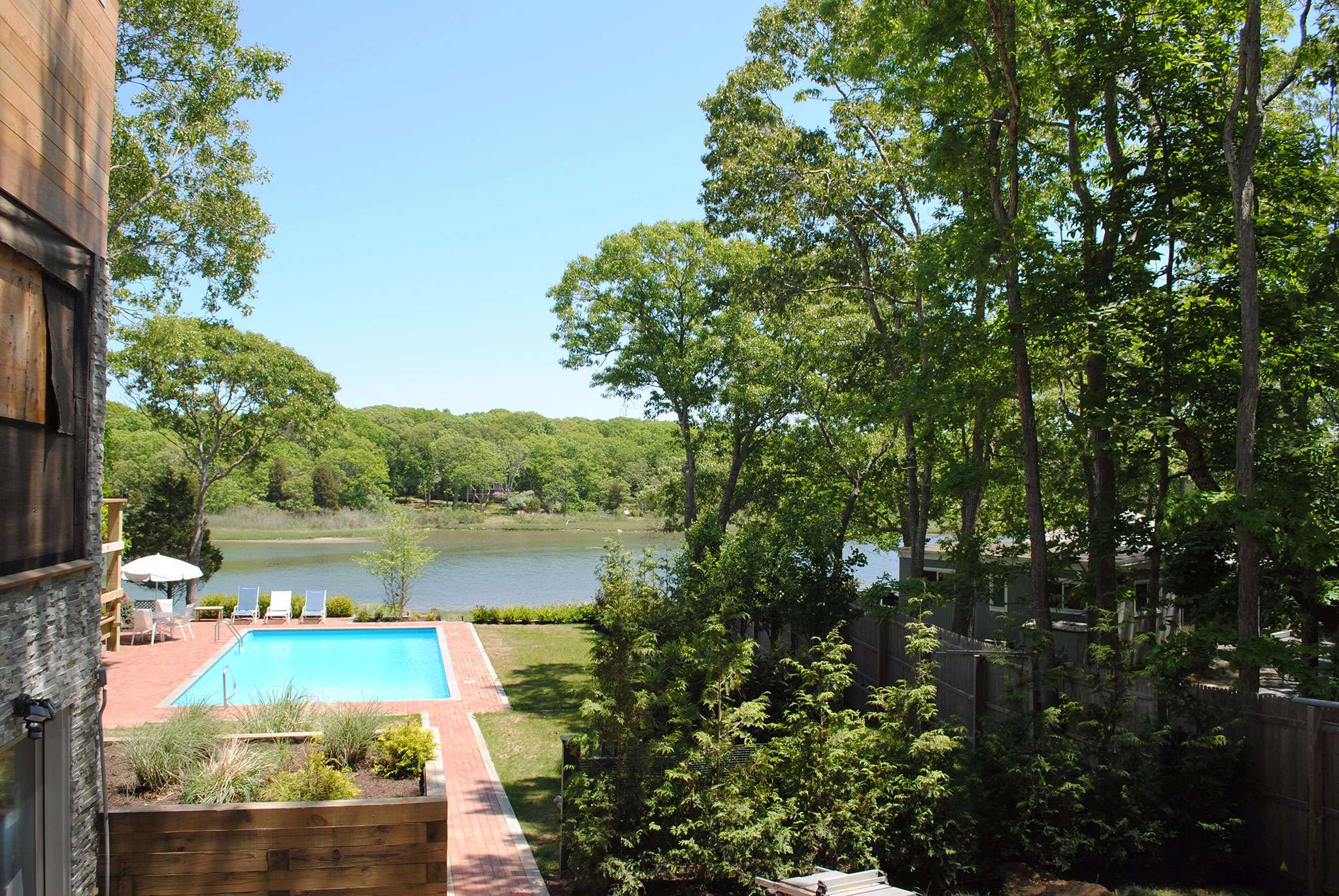 Additional photo for property listing at Newly Renovated On The Water  East Hampton, New York