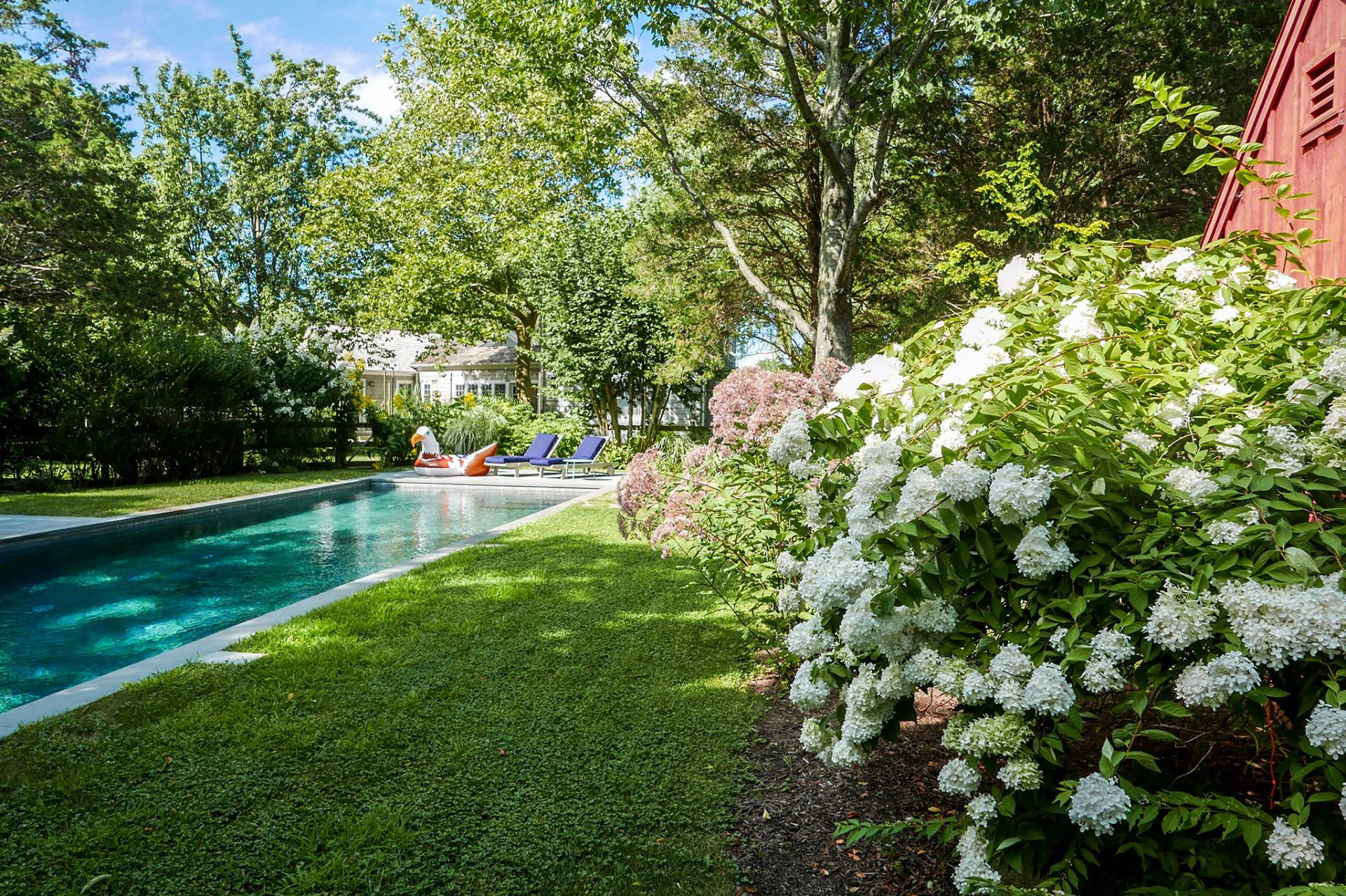 Additional photo for property listing at Private On Accabonac Harbor With Heated Pool  East Hampton, Nueva York
