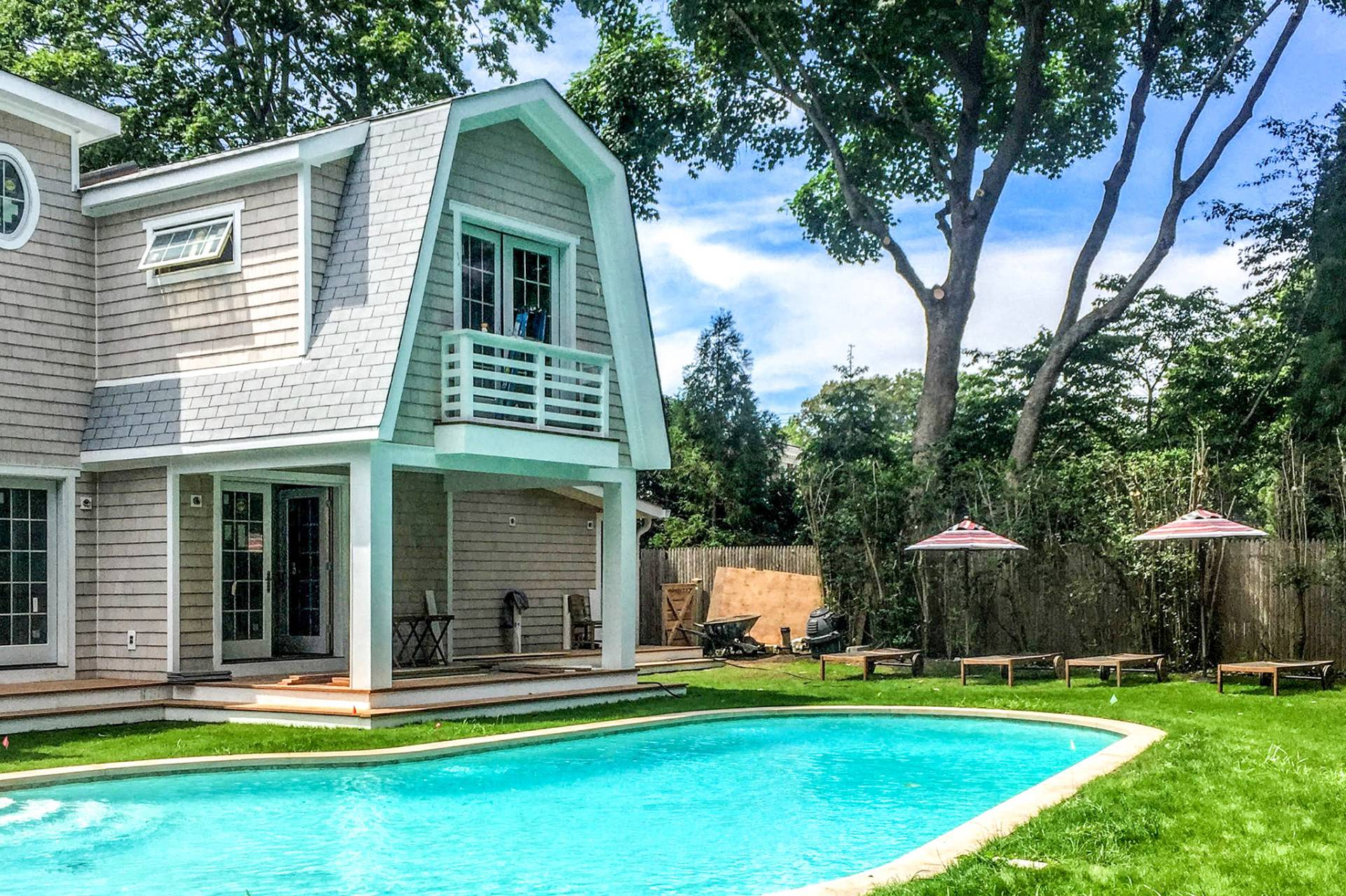 Additional photo for property listing at Adorable Southampton Village  Southampton, New York