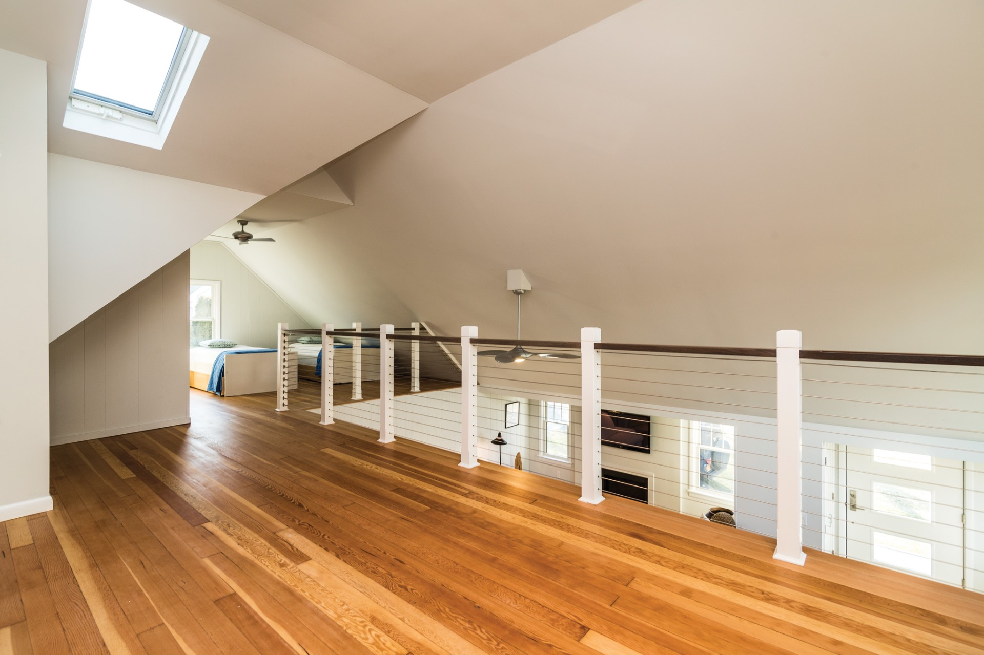 Additional photo for property listing at Just-Renovated Cottage In Waterfront & Tennis Community  Southampton, Nueva York