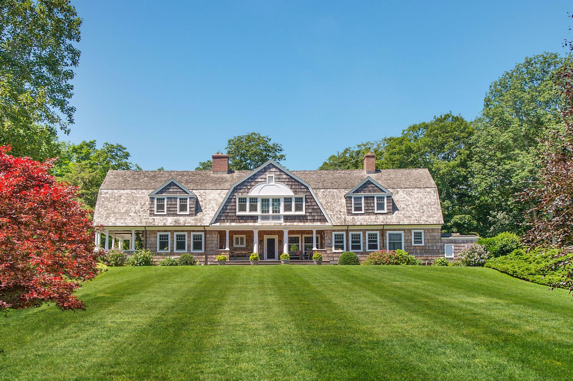 Single Family Home for Sale at Antique Sale 35 Georgica Road, East Hampton, New York