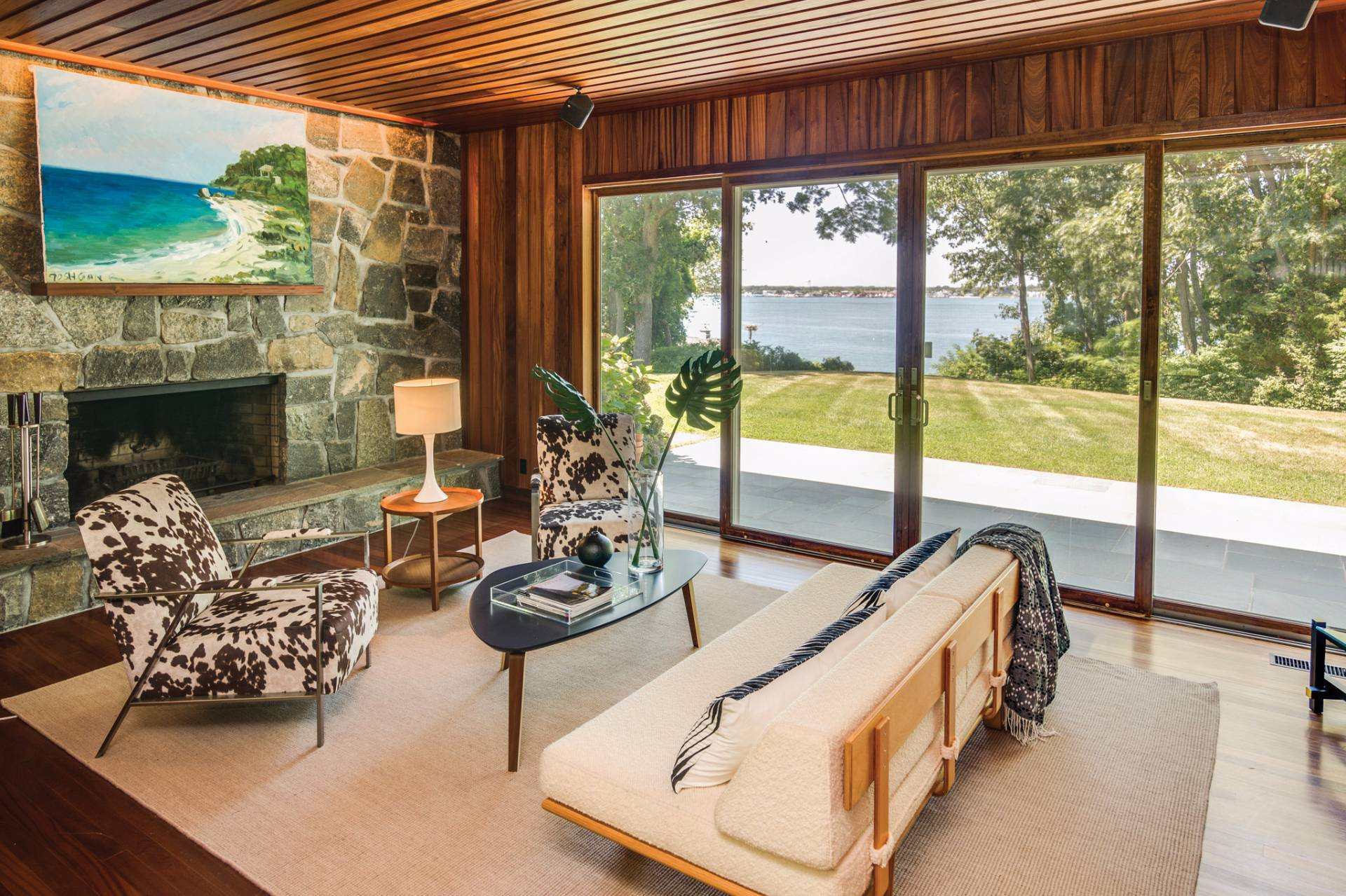 Additional photo for property listing at Shelter Island California Style Water View Mid Century Mod 27 Dinah Rock Road,  Shelter Island, New York
