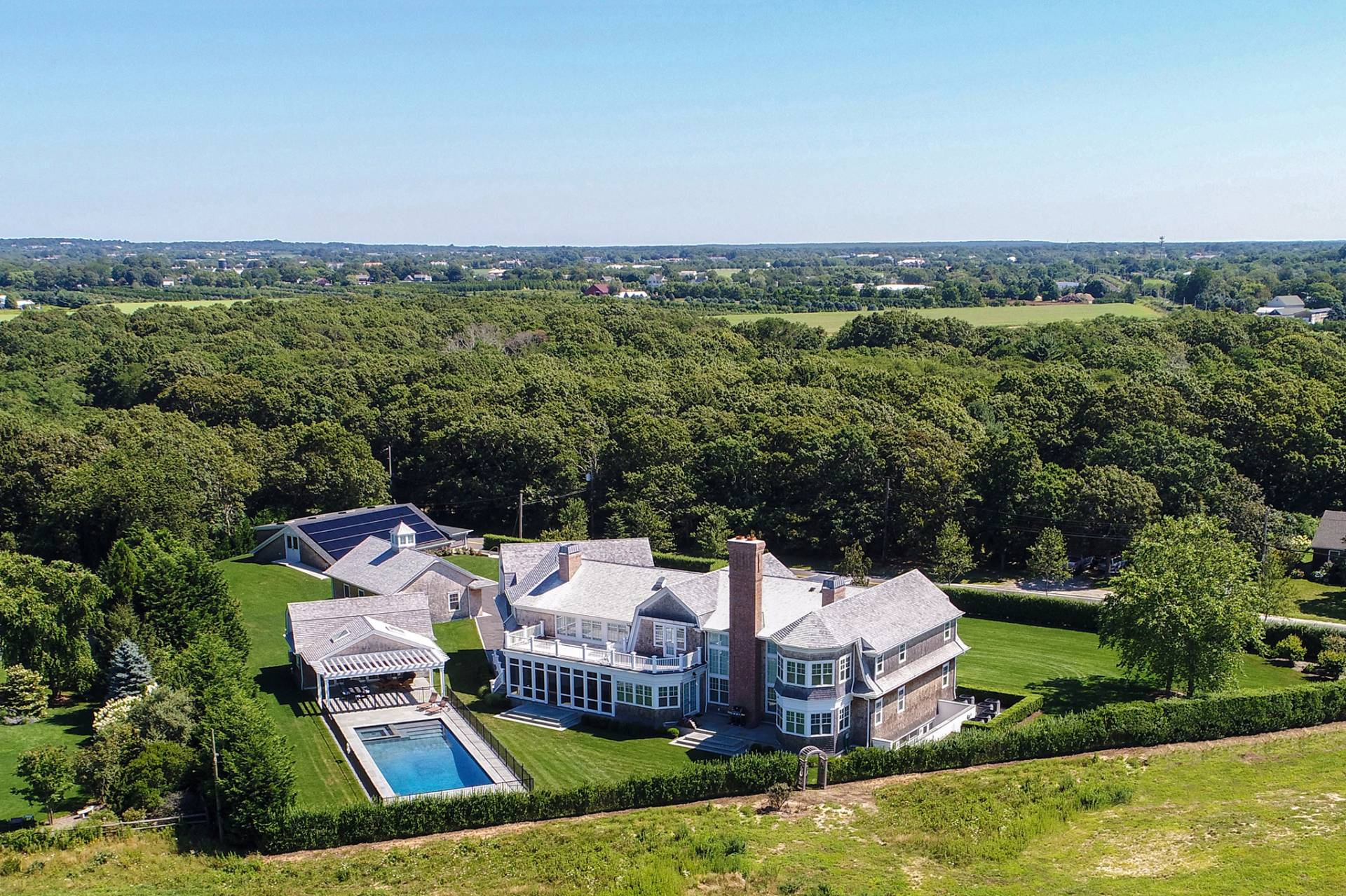 Additional photo for property listing at Water Mill New Construction Compound On Reserve 170 Scuttle Hole Road,  Water Mill, New York