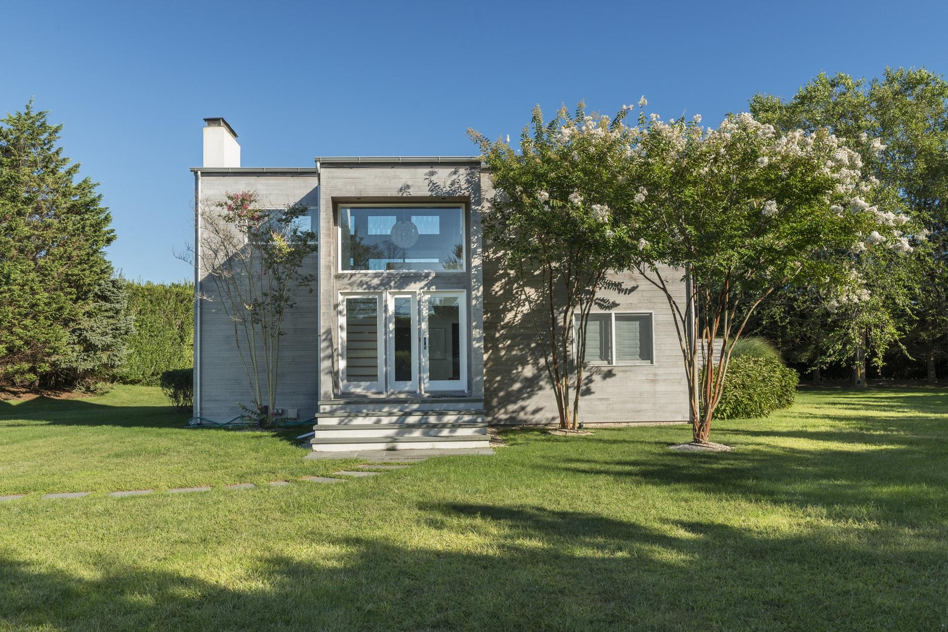 Additional photo for property listing at Beach Lovers Dream 107 Town Line Road,  Wainscott, Nueva York