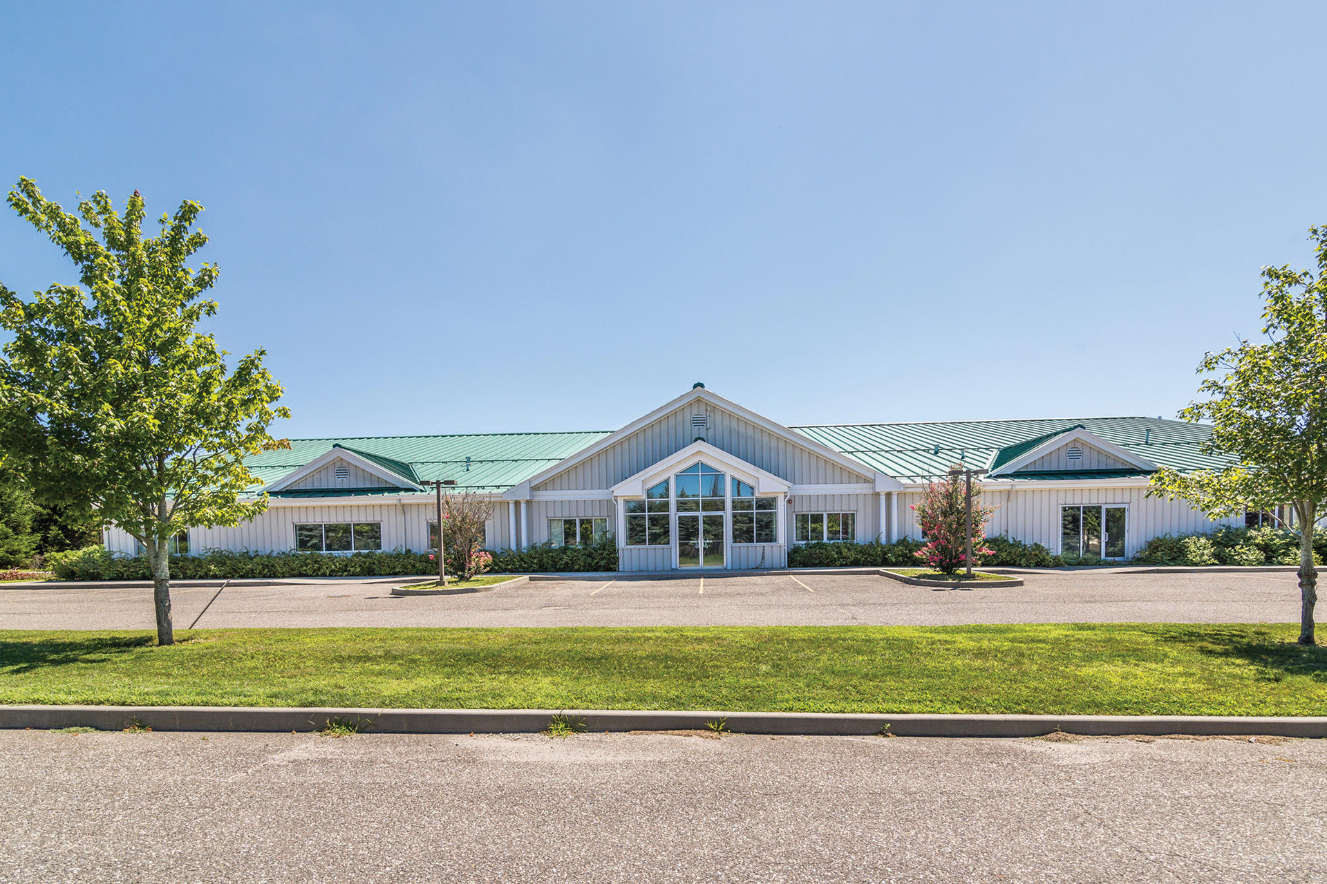 Commercial for Sale at Bridgehampton- Warehouse/Office Space For Lease 269 Butter Lane, Bridgehampton, New York