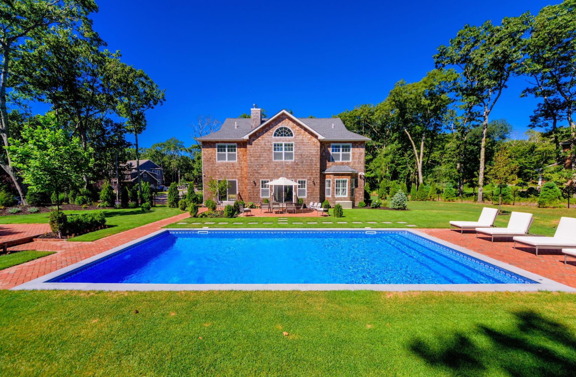 Additional photo for property listing at Exquisite Newly Constructed Southampton Home  Southampton, Nueva York