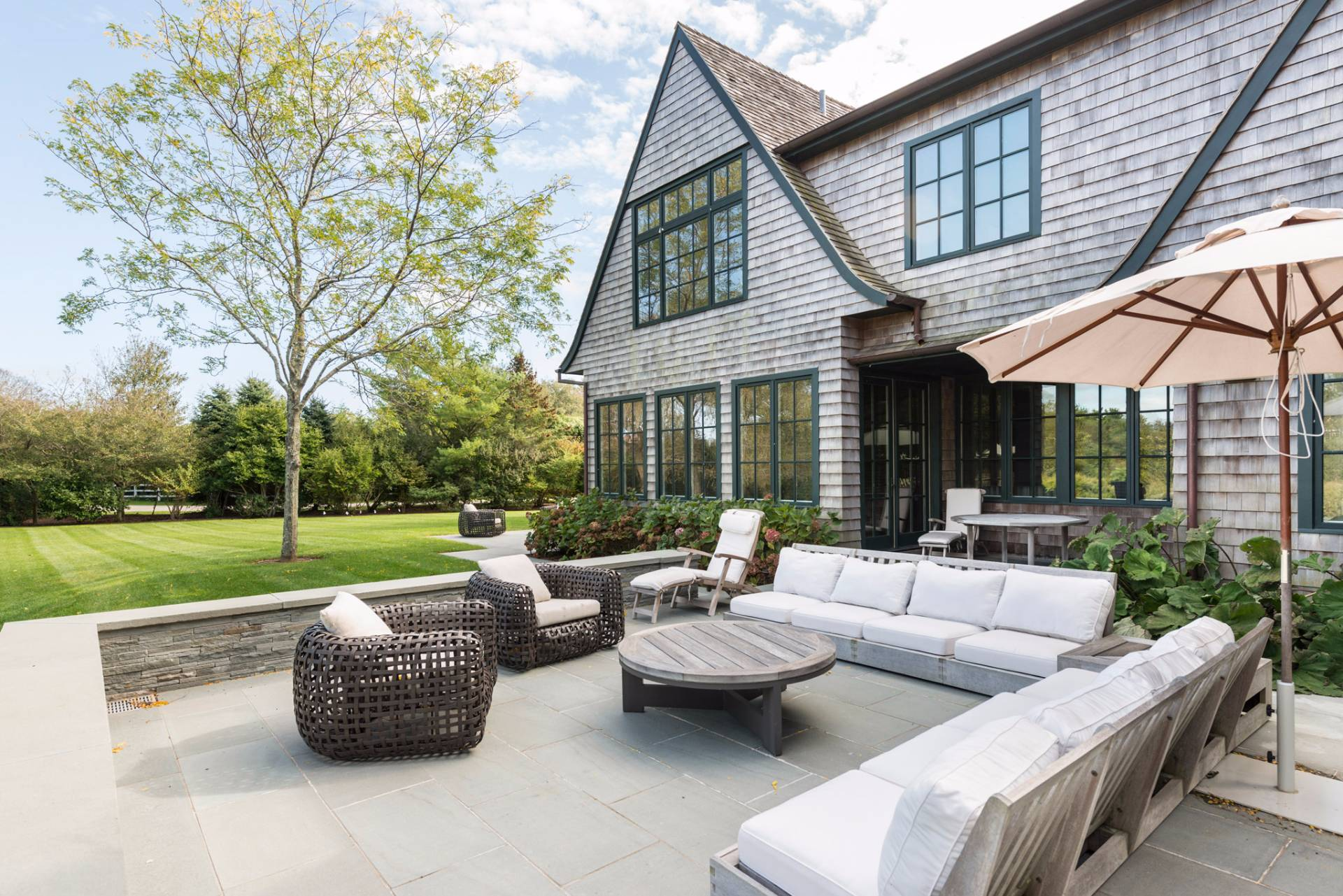 Additional photo for property listing at Exceptional Sagaponack Estate  Sagaponack, New York