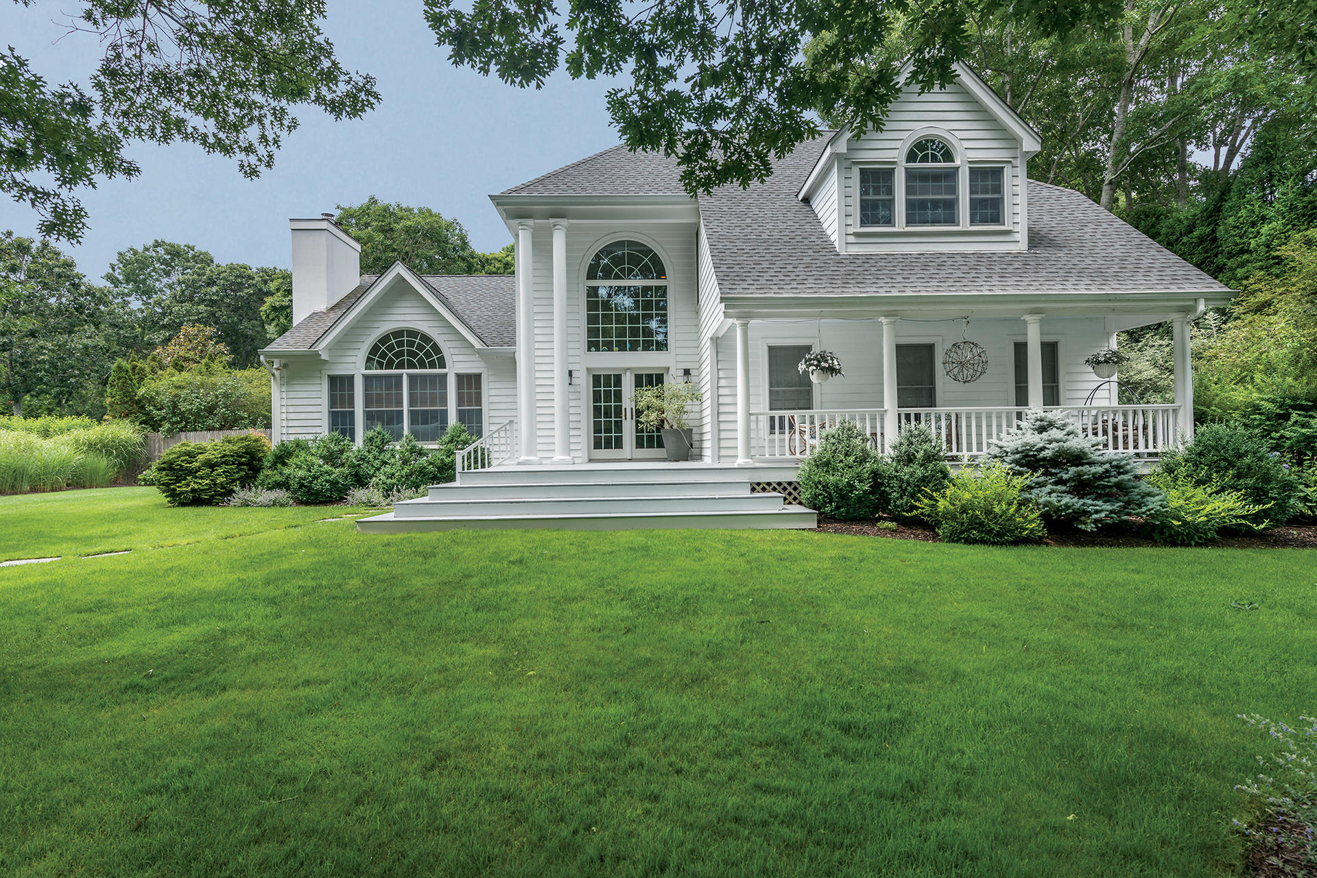 Single Family Home for Sale at Bridgehampton Ideal: Style, Substance And Setting 21 Woodruff Lane, Bridgehampton, New York