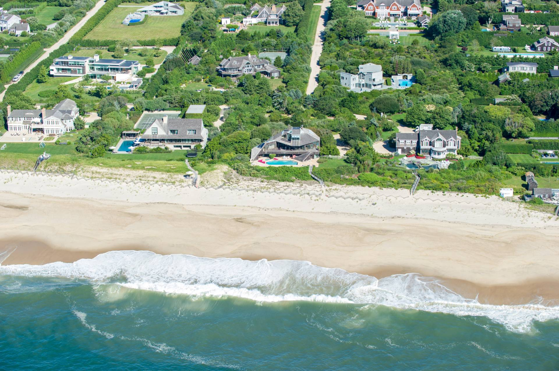 Single Family Home for Sale at Ocean Breezes And Private Ocean Beach Access In Sagaponack 797 Daniels Lane, Sagaponack, New York