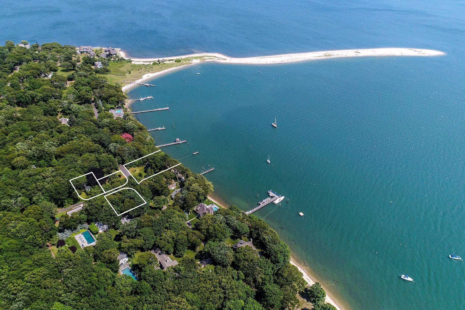 Additional photo for property listing at Shelter Island Harbor Front Cape With Guest House 58 Tuthill Drive + 43, 45, 64 Myrtle Road,  Shelter Island, New York
