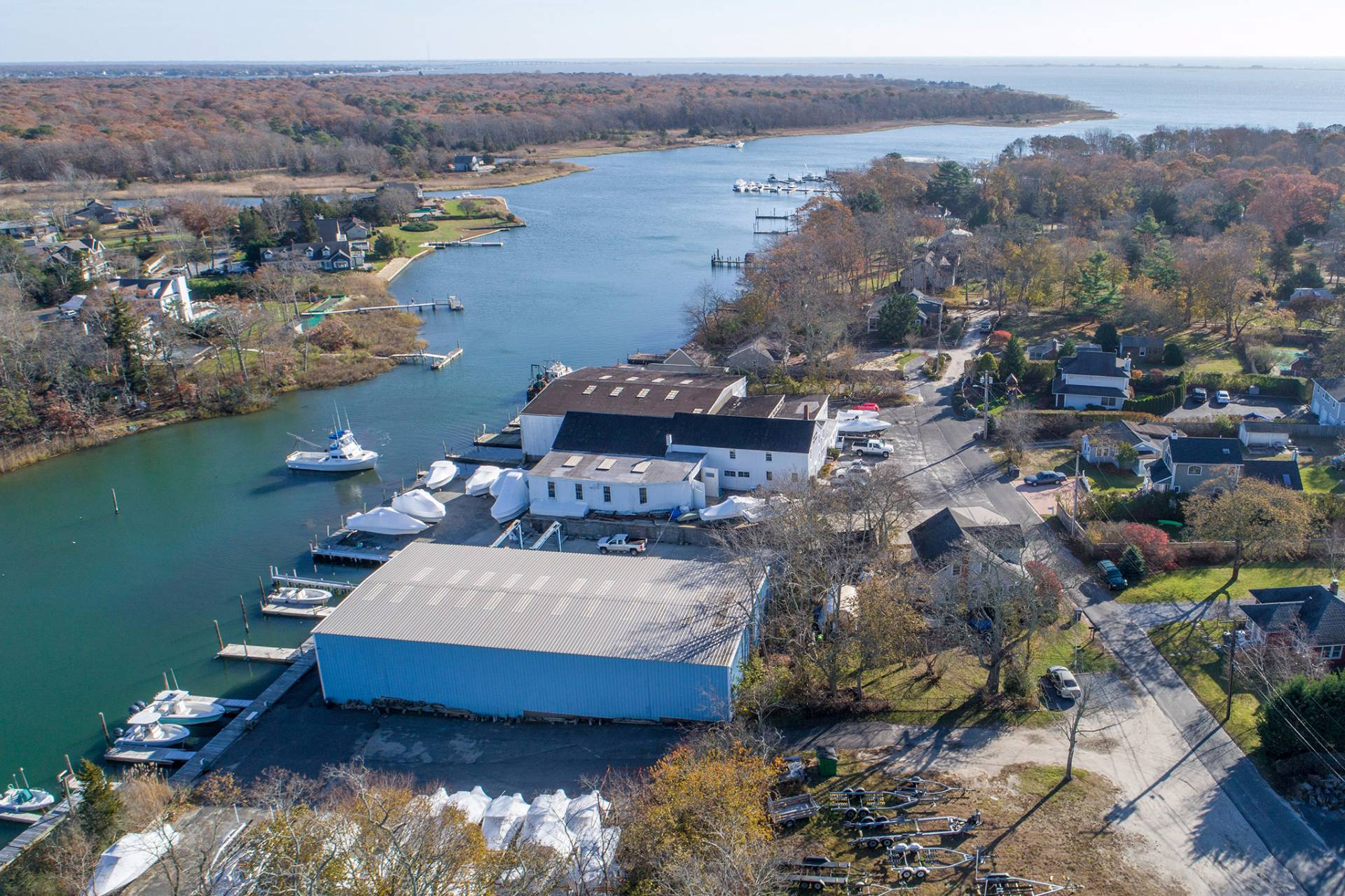土地,用地 为 销售 在 3-Acre Established Waterfront Business, Multiple Possibilities 7 Carter Lane, East Quogue, 纽约州
