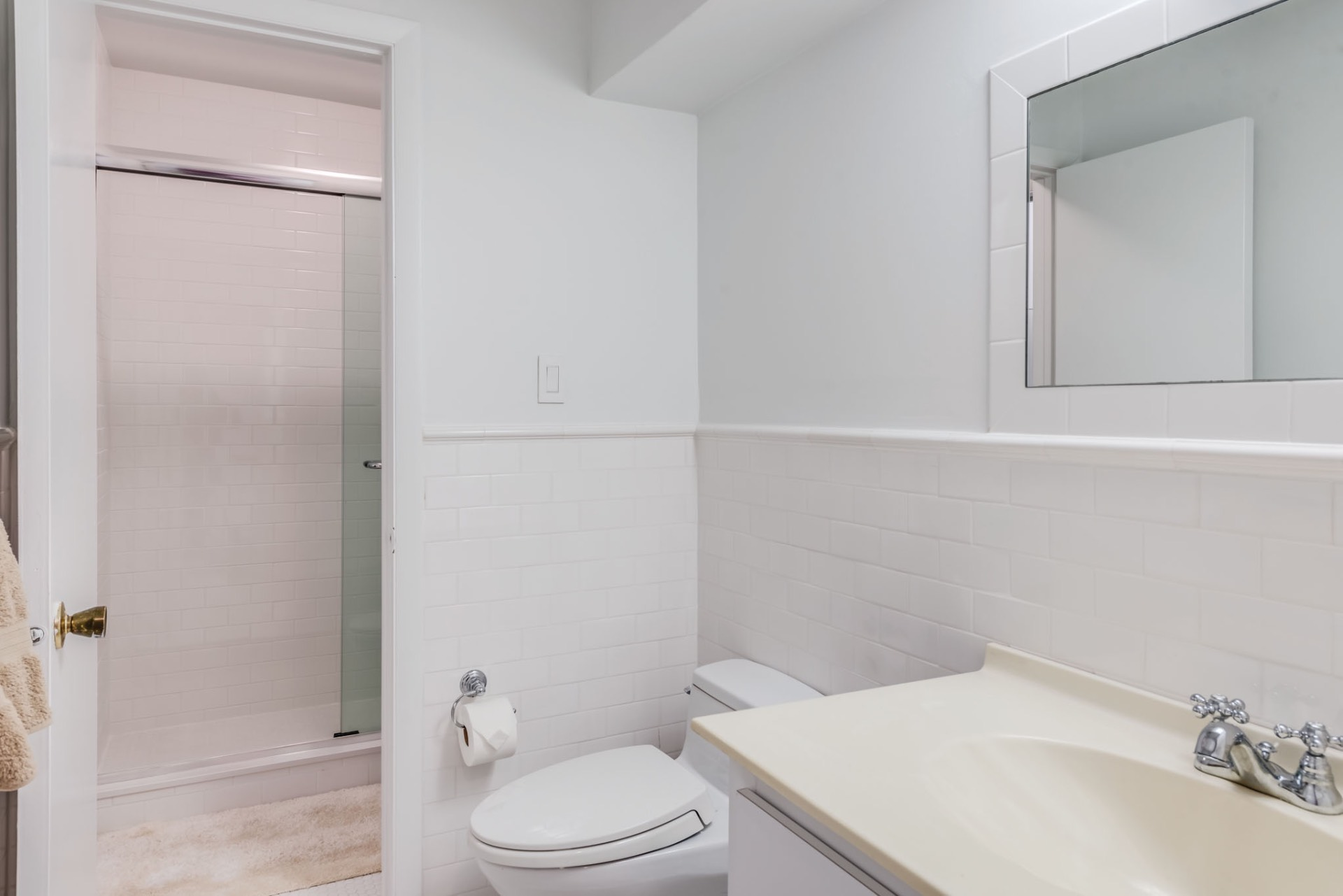 Additional photo for property listing at Southampton Village Condo Newly Listed 10 Leland Lane #46,  Southampton, Nueva York