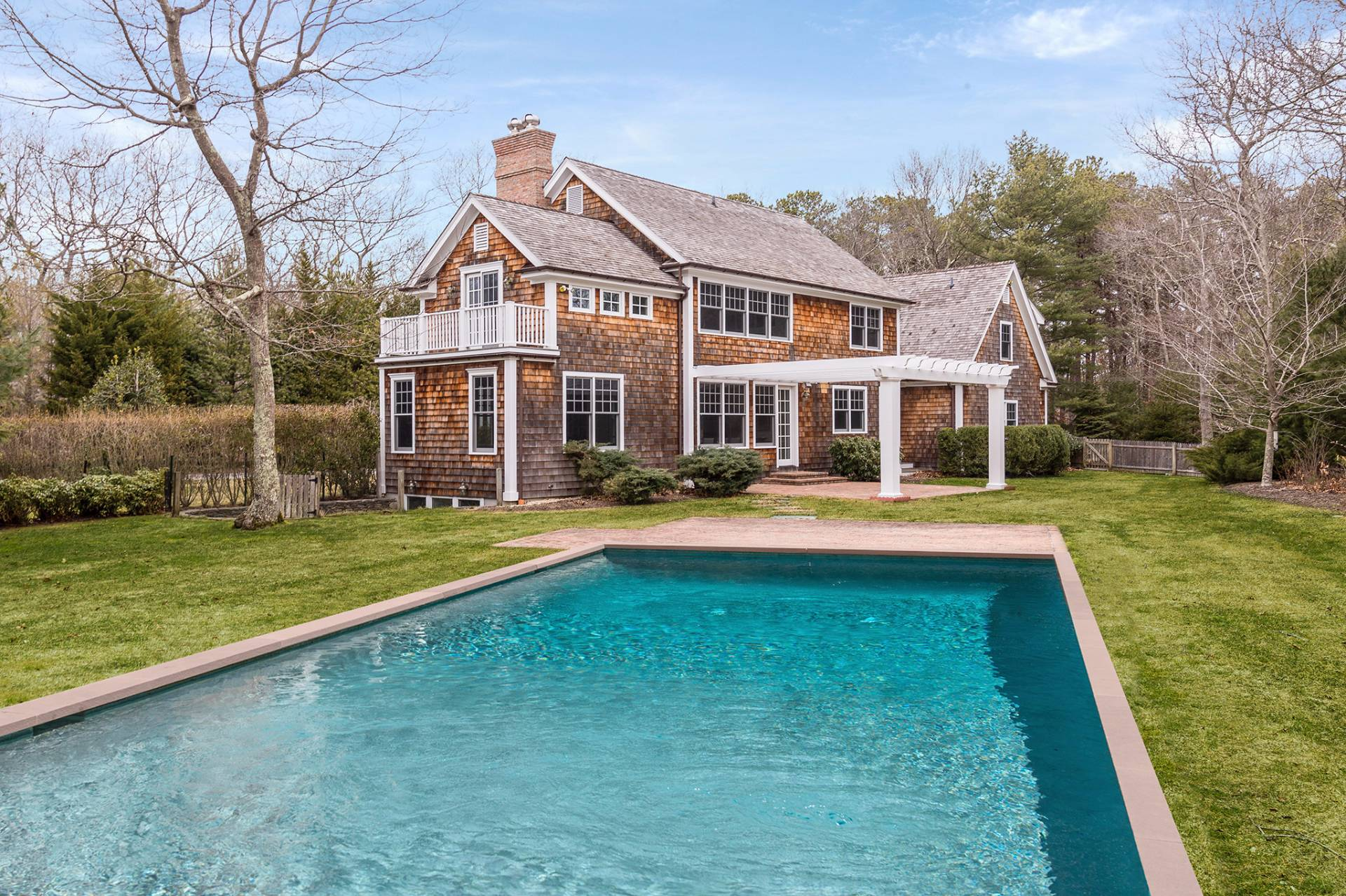 Additional photo for property listing at Stylsh East Hampton Traditional  东汉普顿, 纽约州
