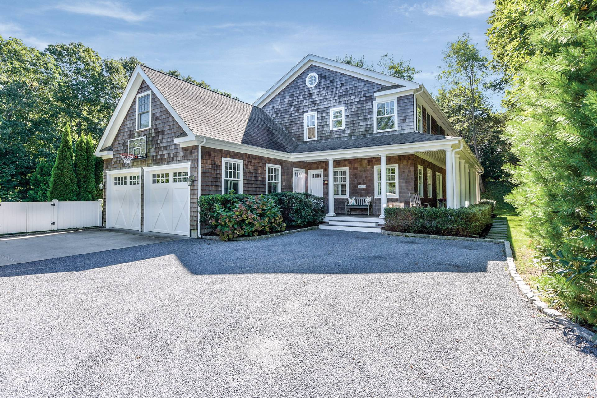 Single Family Home for Sale at Wainscott Traditional 16 East Gate Road, Wainscott, New York