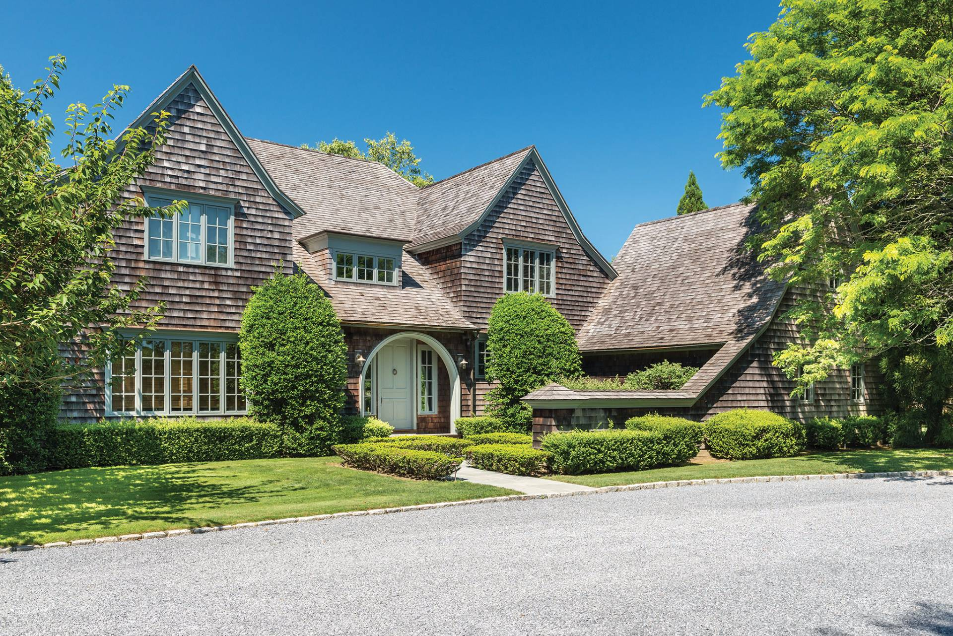 Single Family Home for Sale at Bridgehampton South Classic 206 Halsey Lane, Bridgehampton, New York