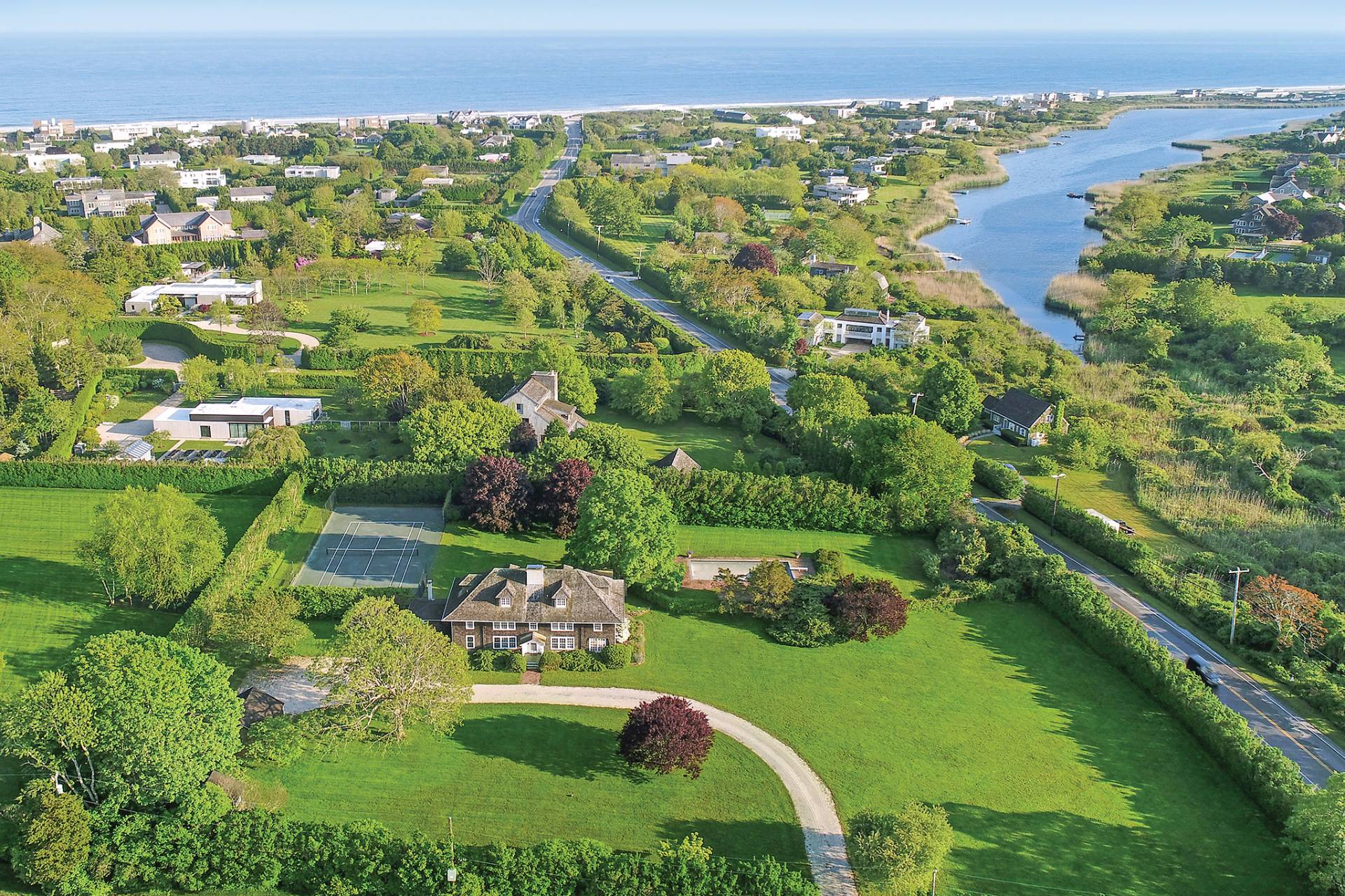 Single Family Home for Sale at Quintessential Quimby 25 Quimby Lane, Bridgehampton, New York