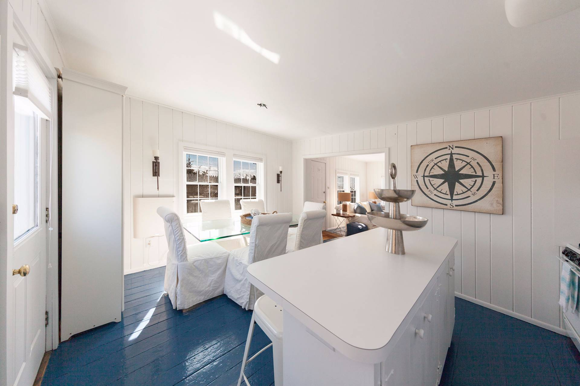 Additional photo for property listing at The Perfect Beach Cottage - Amagansett South  Amagansett, New York