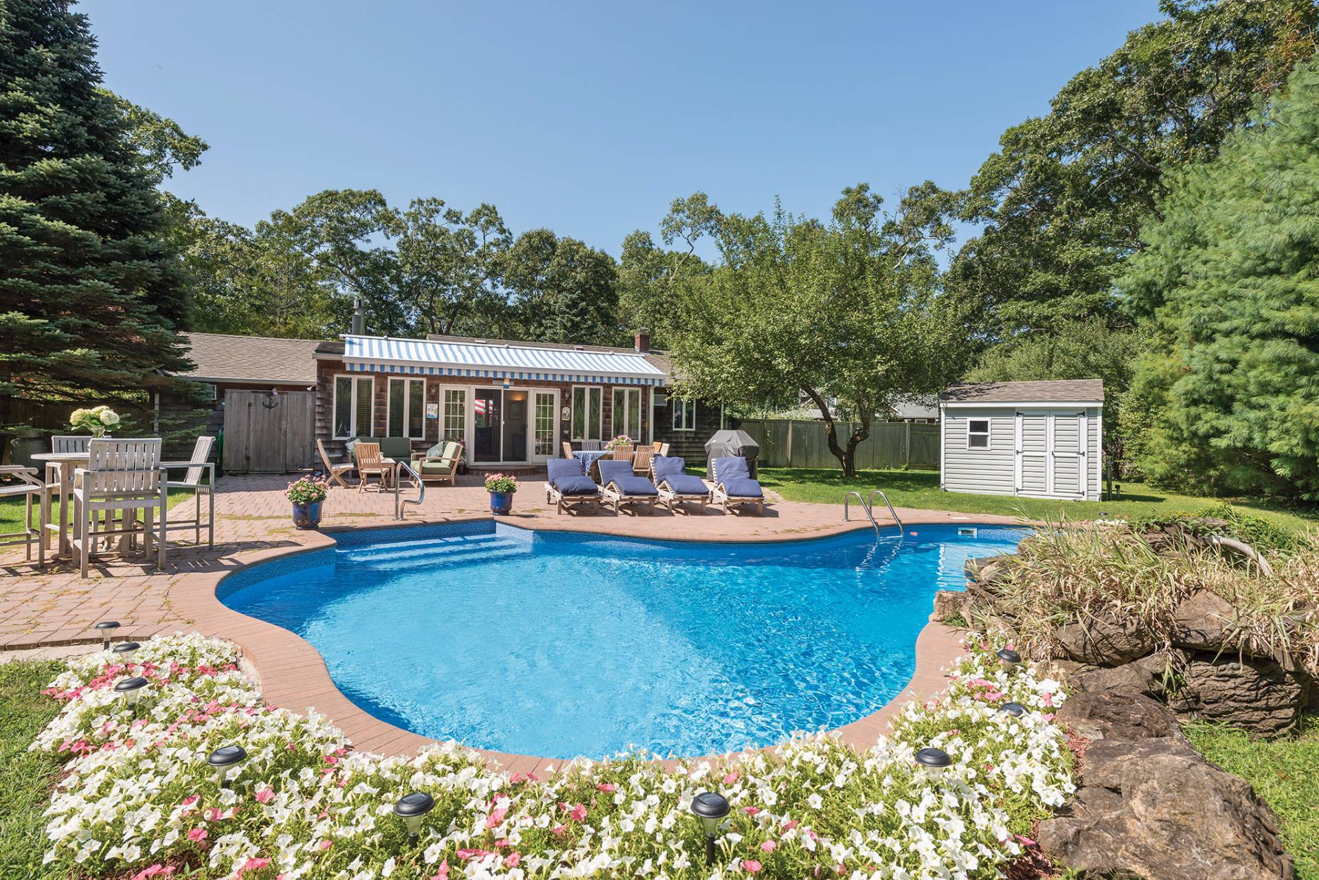 Single Family Home for Sale at Private Bay Beach And Marina 75 Norfolk Drive, East Hampton, New York