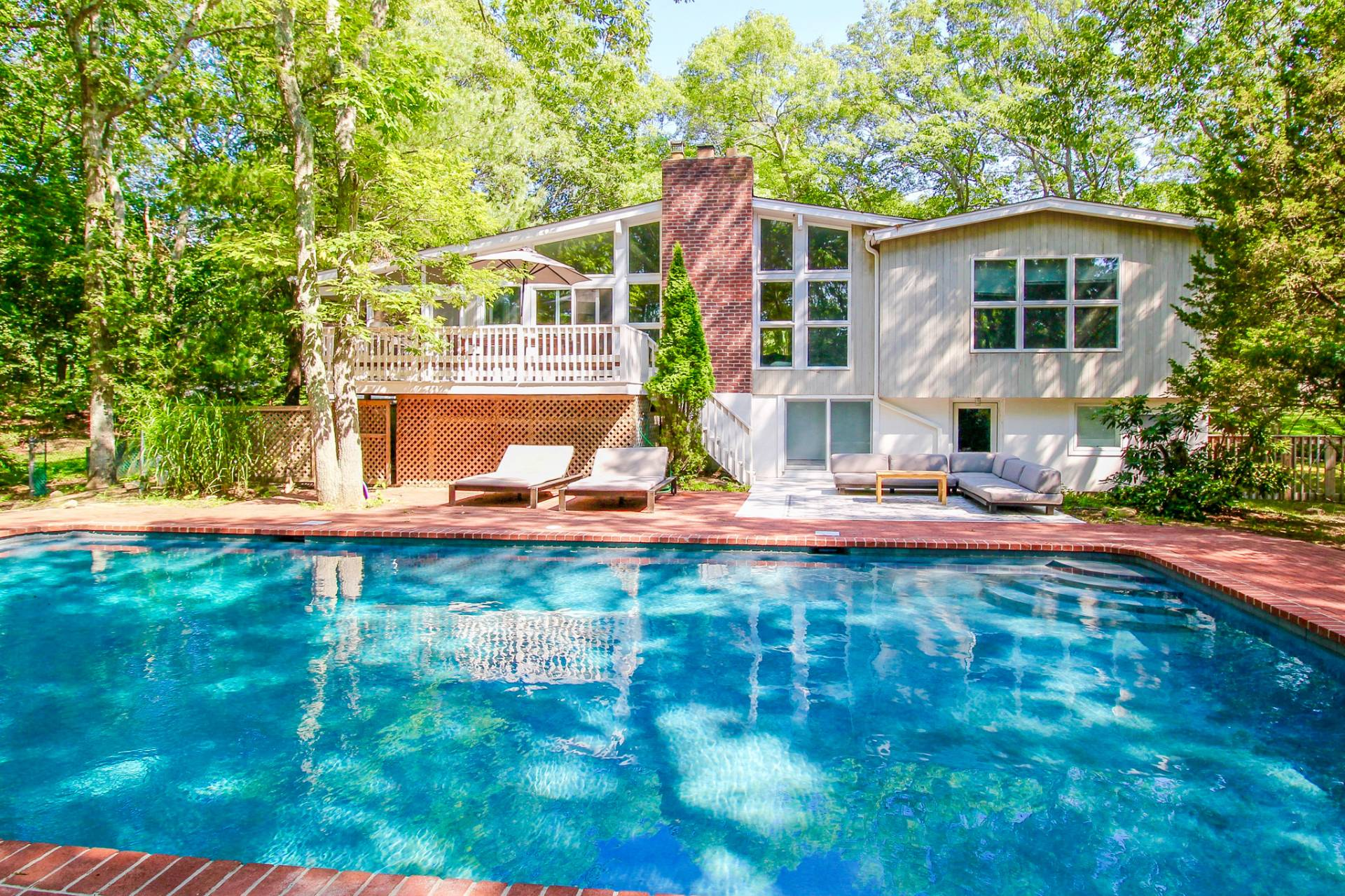 Single Family Home for Sale at Light, Bright And Close To The Beach 15 Cuffee Drive, Sag Harbor, New York