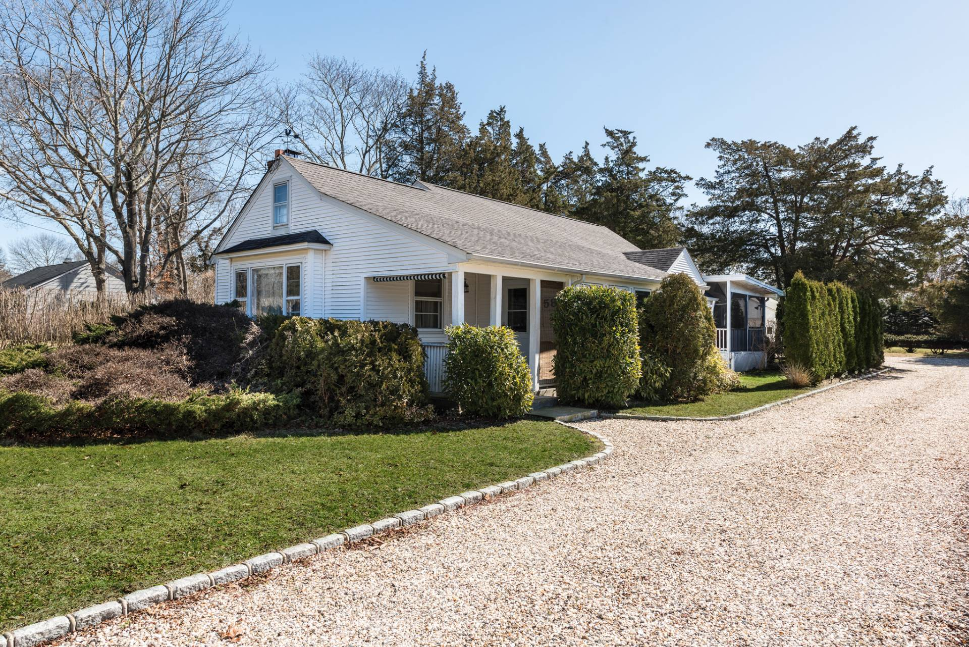 Single Family Home for Sale at Charming Cottage 58 Fanning Avenue, Hampton Bays, New York