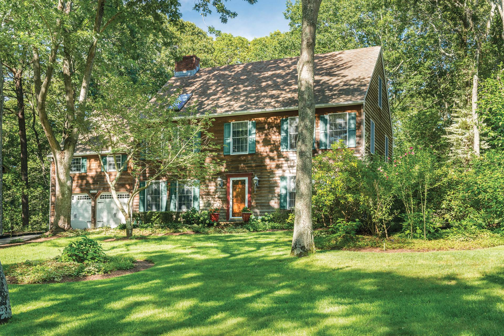 Single Family Home for Sale at Traditional Home In The Hamptons 36 Columbine Avenue North, Hampton Bays, New York
