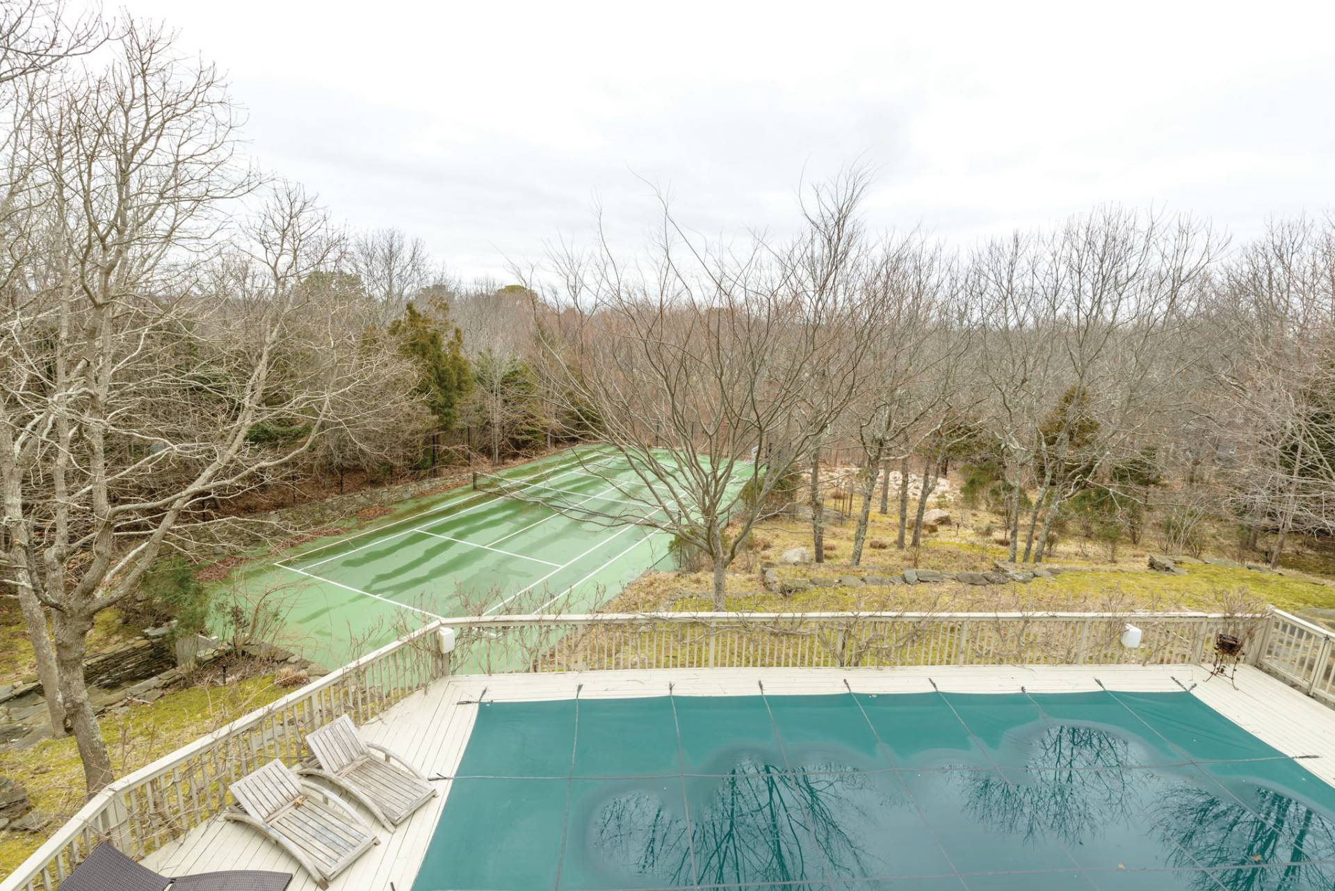 Additional photo for property listing at Renovated Contemporary With Pool And Tennis  Water Mill, 纽约州