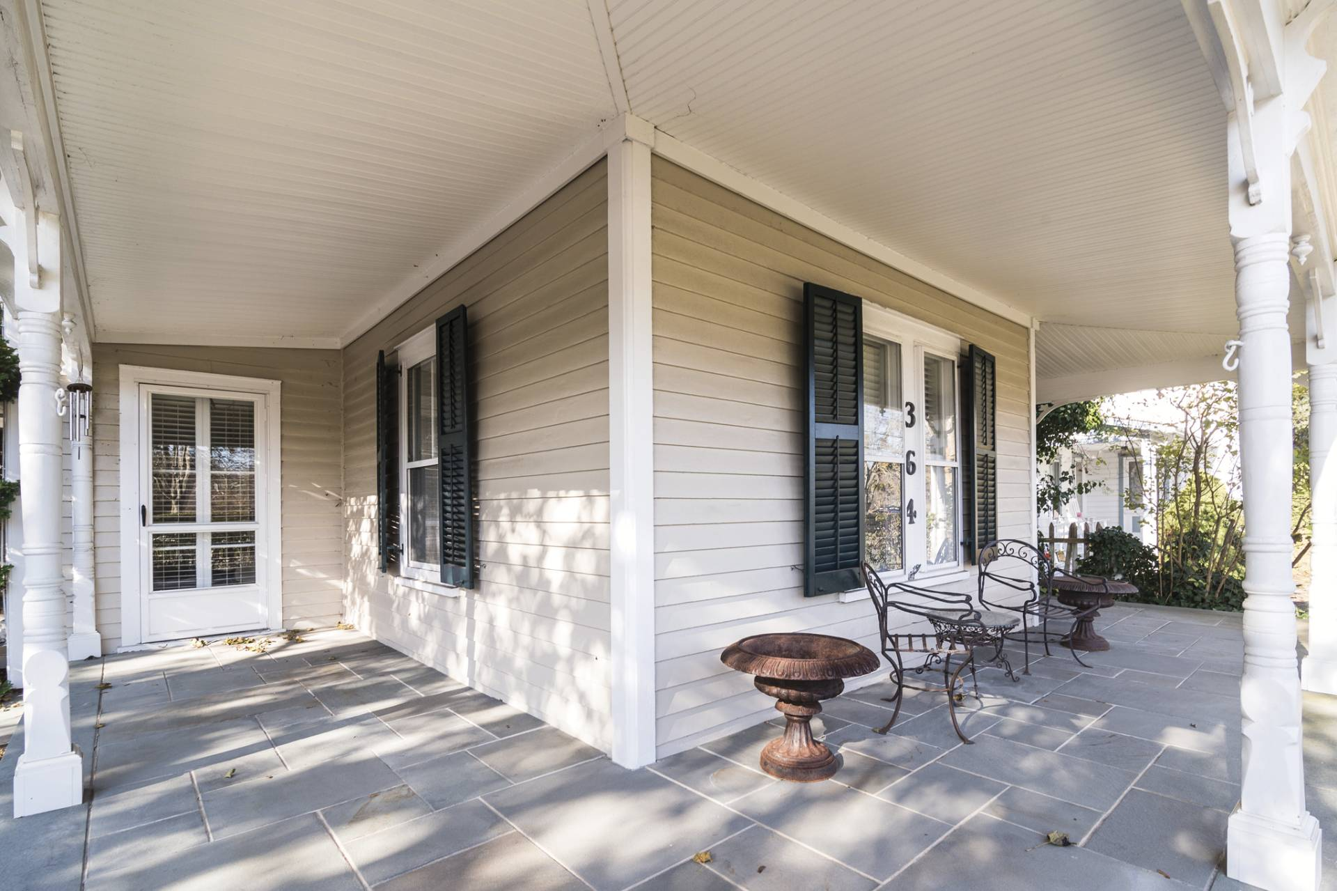 Additional photo for property listing at Village Rental 364a Main Street,  Sag Harbor, Nueva York